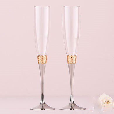 6017_hammered_gold_and_polished_silver_toasting_flutes1e3e2c7375a67c0b58765216e5d2f2ab.jpg